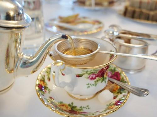 чай с киевским тортом