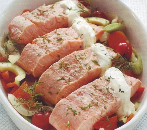 рыбные рецепты семга на овощной подушке