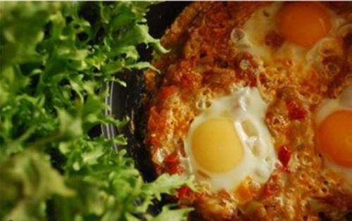 рецепт яичницы шукшуки