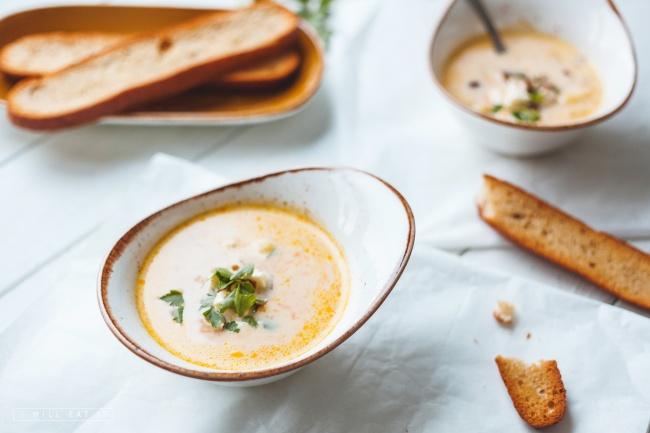 вкусный сырный суп по-французски