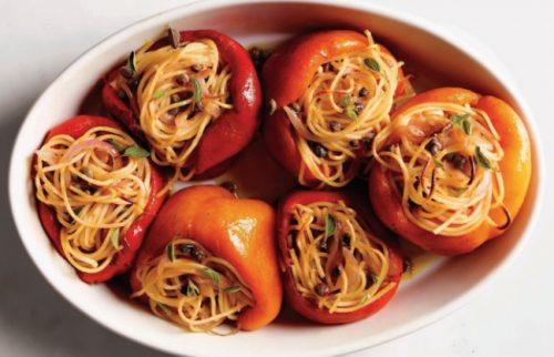 фаршированный перец со спагетти