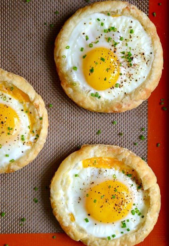 Запеченные яйца рецепт