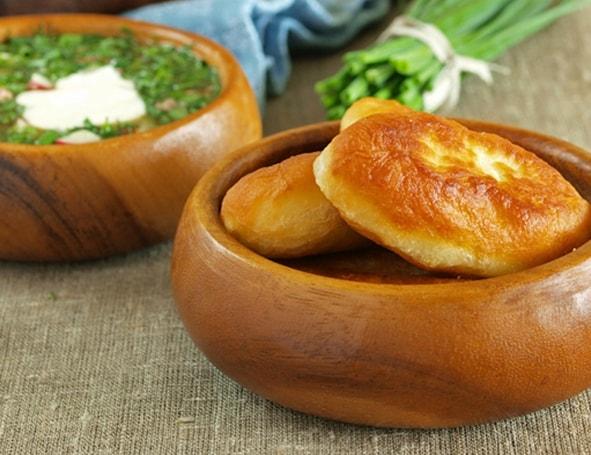 рецепт жареных пирожков с луком и яйцом
